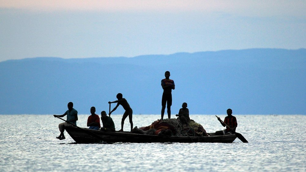 Lake Shore Lodge Tz - Lake Tanganyika - Fishermen with their nets.jpg