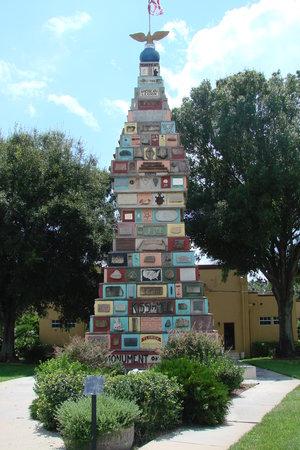 Monument+of+States.JPG