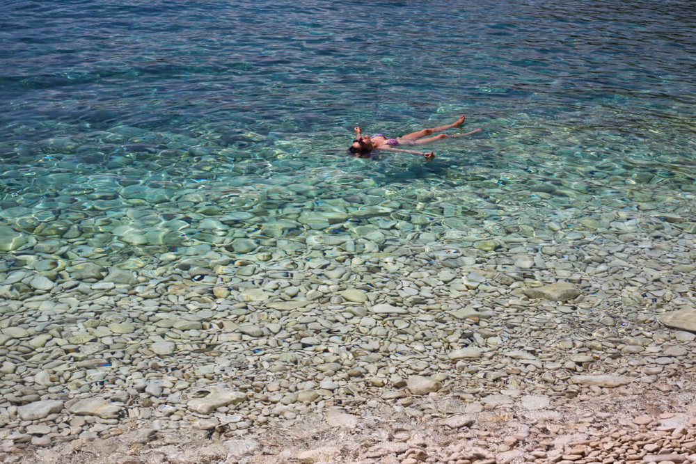 summersalt-yoga-balance-vis-croatia35.jpg