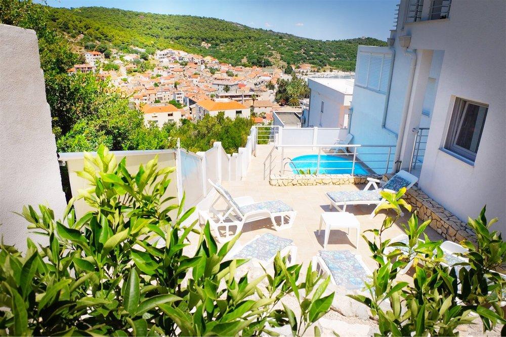 summersalt-yoga-villa-accommodation00009.jpg