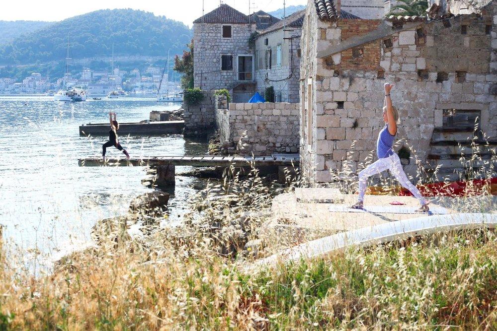 summersalt-yoga-sup-retreat-vis-croatia-2.jpg