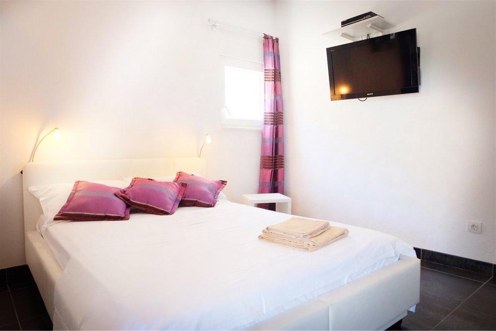 summersalt-yoga-villa-accommodation00013.jpg