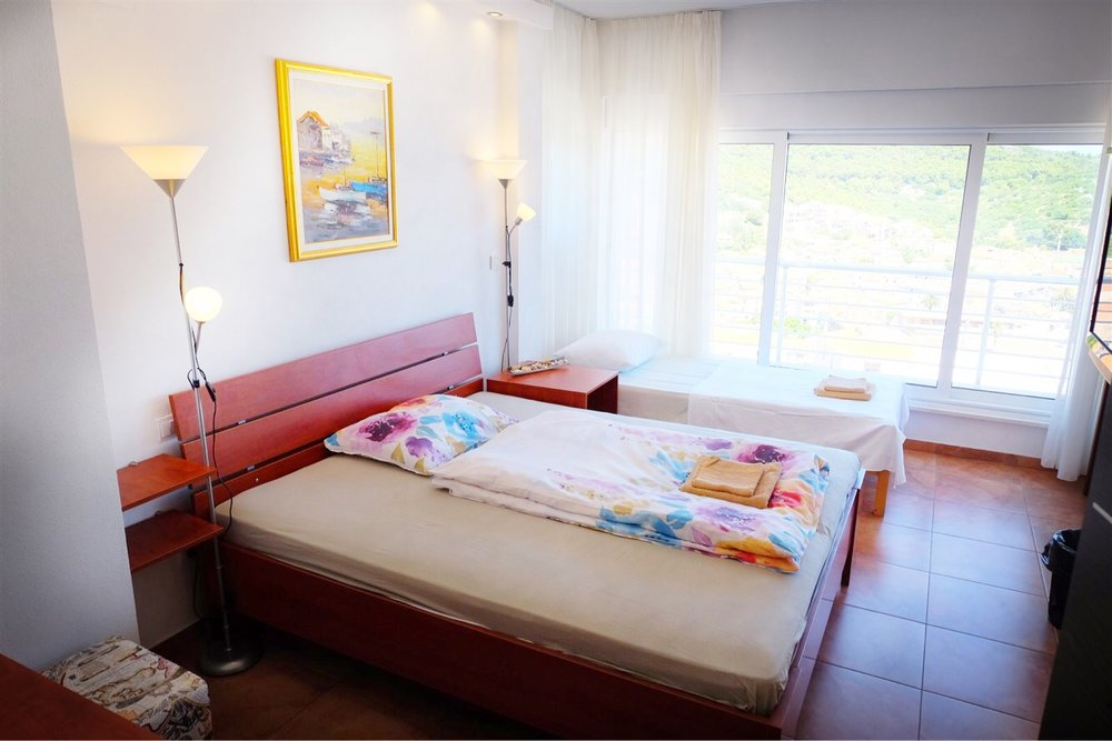 summersalt-yoga-villa-accommodation00012.jpg