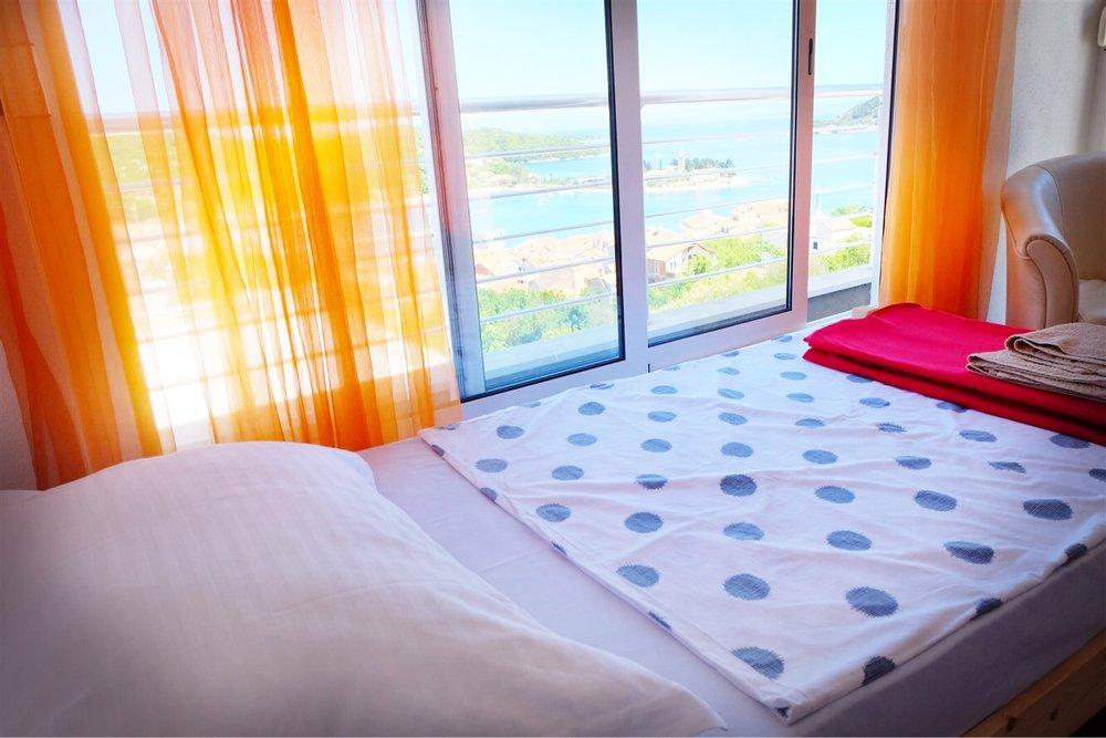 summersalt-yoga-villa-accommodation00005.jpg