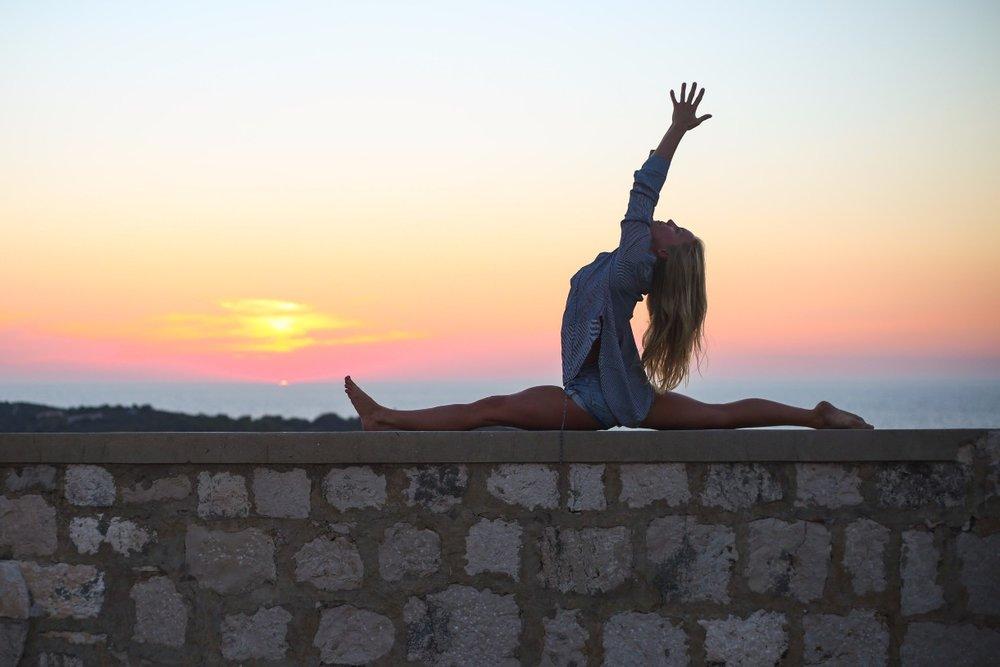 summersalt-yoga-balance-vis-croatia62.jpg
