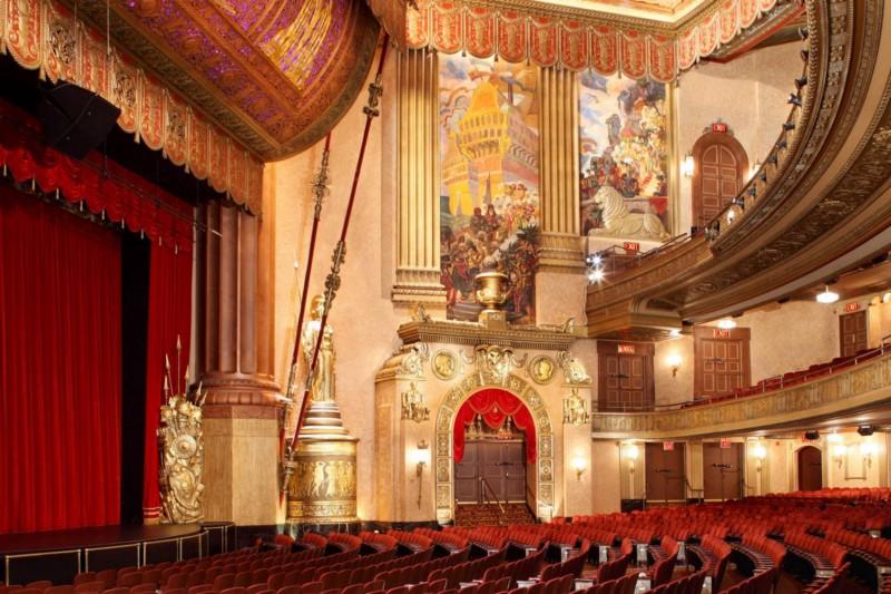 Inside the Beacon Theatre