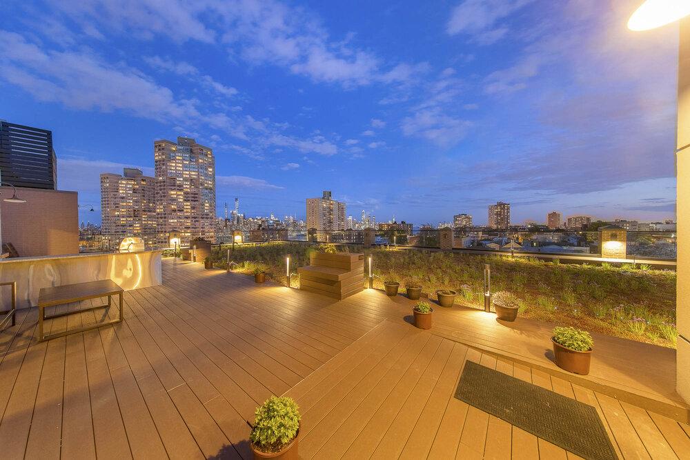 Green Roof Condominium