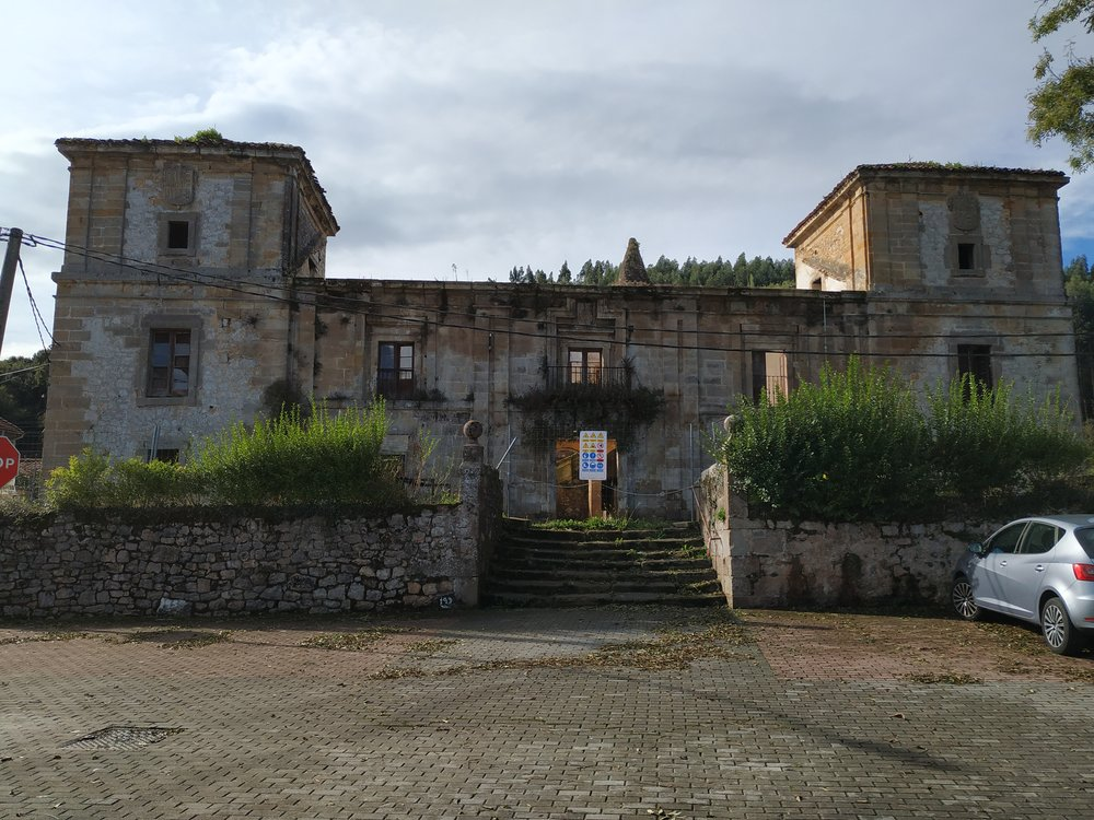 Palacio de Los Acebedo - Hoznayo, Entrambasaguas