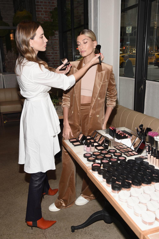 Hailey Baldwin, Make up by Nikki DeRoest