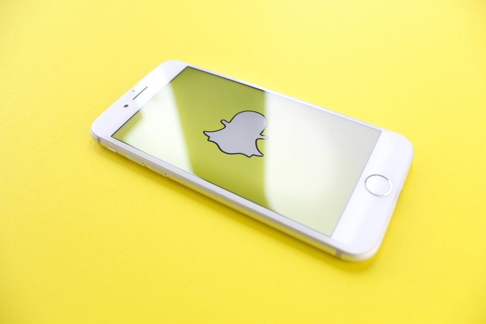 """Snapchat expands shoppable AR to top creators - In late June, Snapchat opened native commerce to top creators like Kylie Jenner. Now, the platform is letting creators go beyond using """"Shop now"""" buttons in their Stories and letting them use AR Lenses to do the same, starting with Nicki Minaj. (TechCrunch)"""