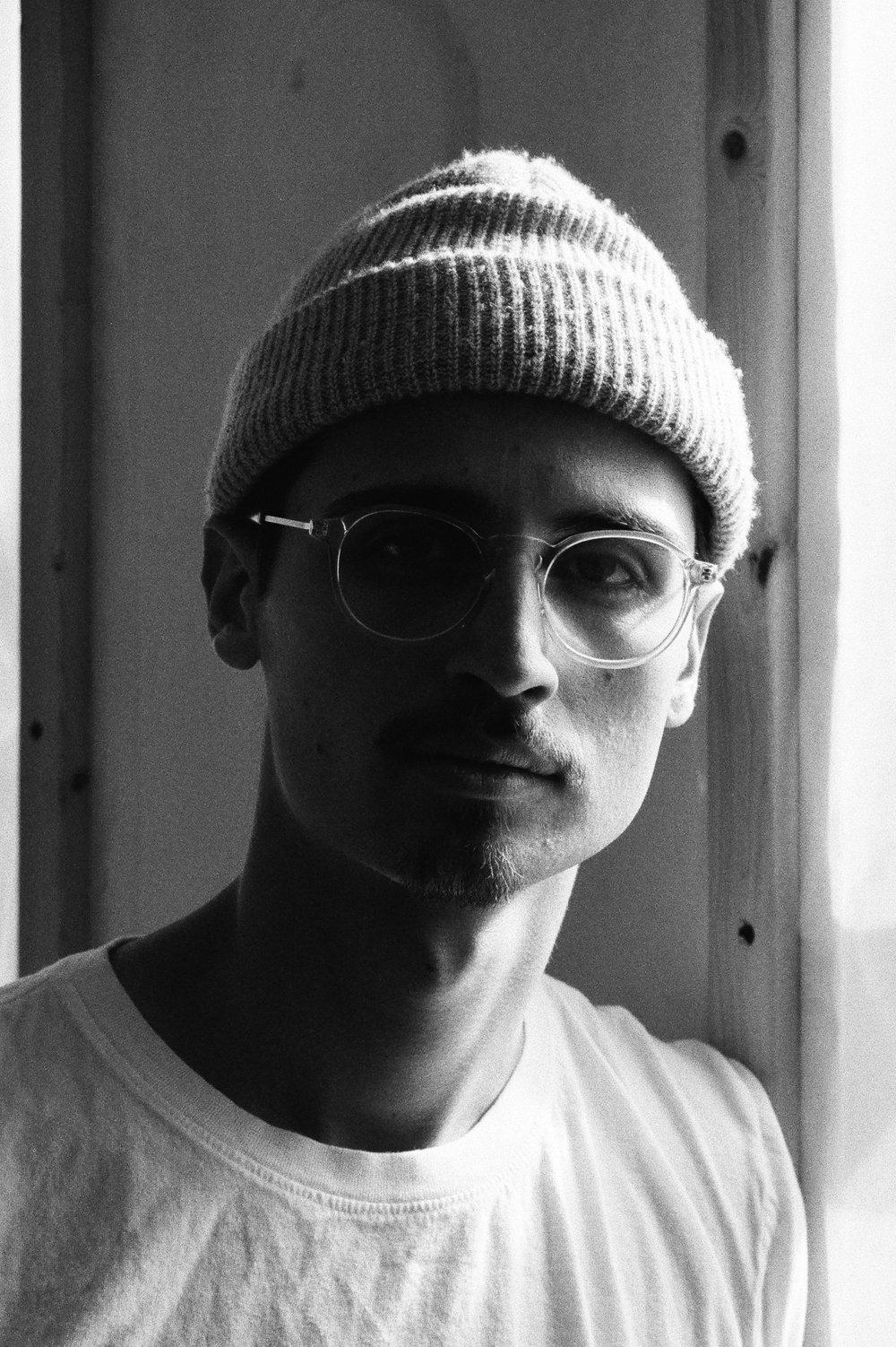Leica-02-3.jpg