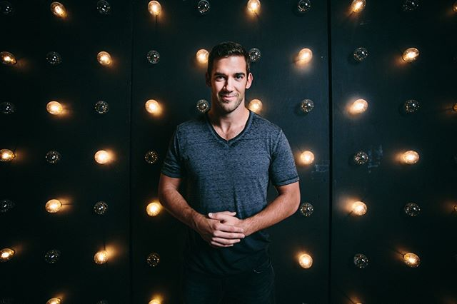 This week on the Rise Podcast, @msrachelhollis is interviewing one of her all-time favorite podcasters — @lewishowes. He is a New York Times Bestselling author, has several online businesses to help others reach their full potential + is killing it on every level! 👊 In this episode, Lewis is telling us about how he found his purpose, what he's learned from mentorship + how he now structures his life like a sport. Listen in now on iTunes, Stitcher or Soundcloud, and don't forget to subscribe! 🎙Link in bio. #RisePodcast