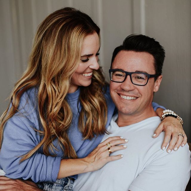 Anyone else in need of some wisdom on hard conversations? 🙋‍♀️ This week on the Rise Together Podcast, we're bringing back to one of our fav Rise episodes with @msrachelhollis + @mrdavehollis where they talk about a crucial topic for relationships. They're opening up about how they dive into those difficult discussions and recall the hardest — but most important conversation — that they've ever had as a couple. Check it out now on iTunes (link in bio!), SoundCloud or Stitcher + let's dive into those conversations together 👊🎙 #risepodcast