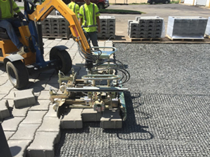mahtomedi-laying-permeable-paver-mats.jpg