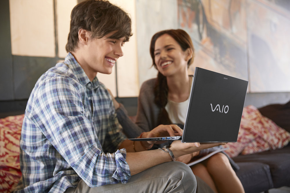 VAIO_Pro_Students_Cafe_InUse_R2_3896_sm.jpg
