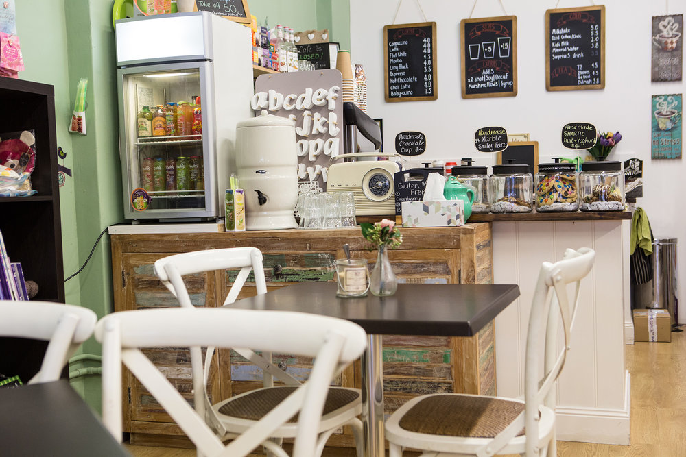 Cafe w.jpg