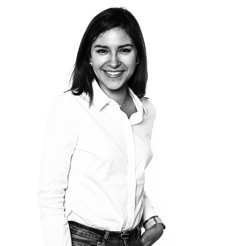 Ana Lopez - CREATIVE MANAGER