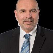Urs Plüss - Verwaltungsratspräsident alogis AG