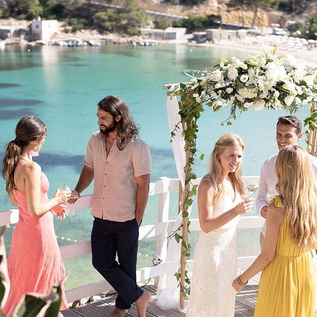 Ever dreamt of having a #destinationwedding? 🏝 • #mayabeachclubibiza #ibiza #ibiza2018 #ibizawedding #wedding #love #amor #beachwedding #outdoorwedding #weddingparty