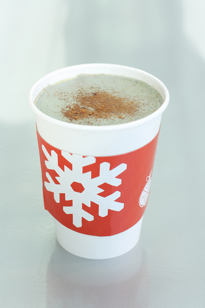 Candy Cane White Hot Chocolate -