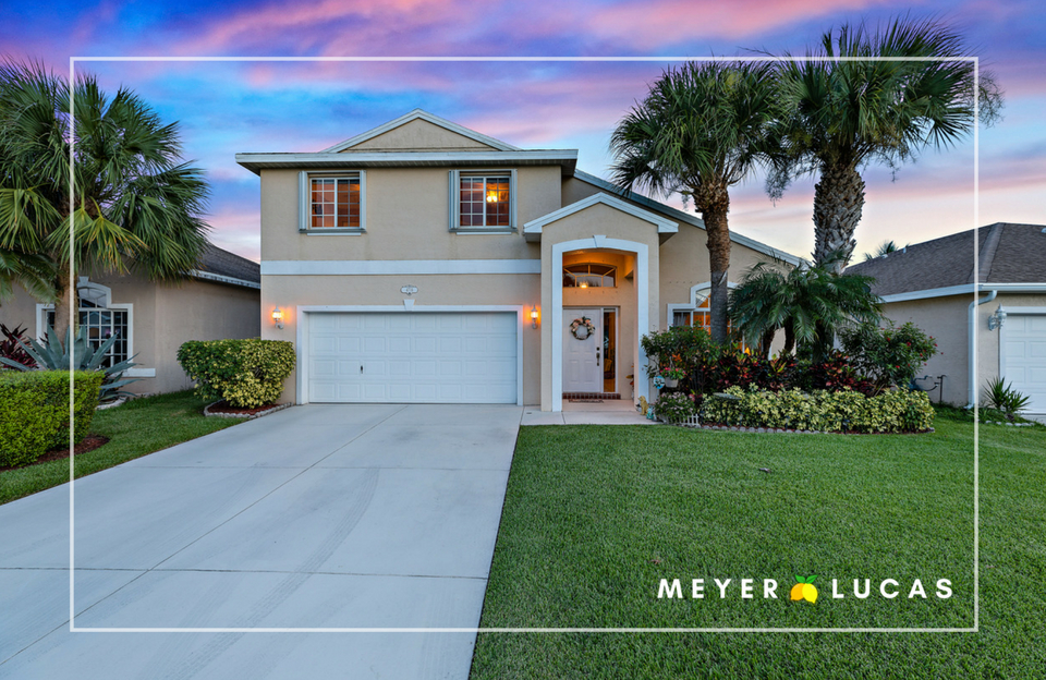 JUST LISTED! - 4716 SE Winter Haven Court in Springtree in Stuart has officially hit the market !3 bedroom | 2.1 bath | 1,816 sq. ft.