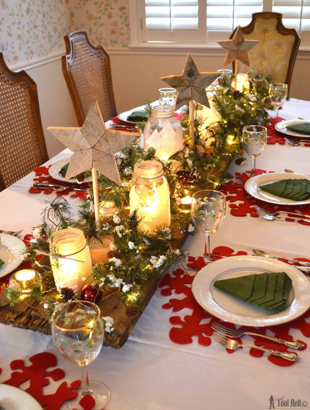 3. Candles - Set the mood this Christmas with candles! Opt for unscented candles, so the aromas don't interfere with the smells of your delicious meal! Candles are essential for creating a welcoming and relaxing space for guests!