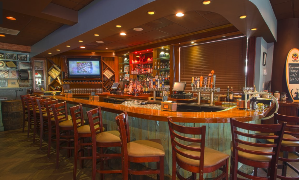 """Double Roads Tavern - Head over to Double Roads Tavern in Jupiter for a night full of dance and party tunes to """"rock in"""" the new year! They will have a full menu plus specials!"""
