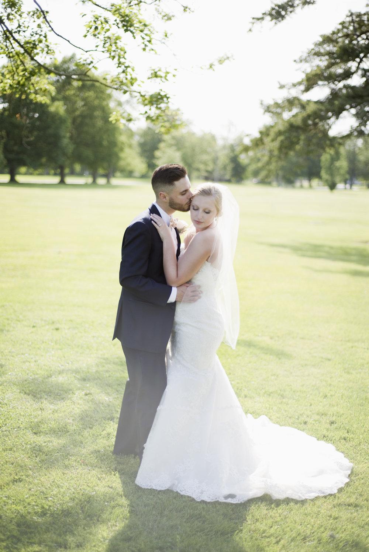 Ohio Bride and Groom
