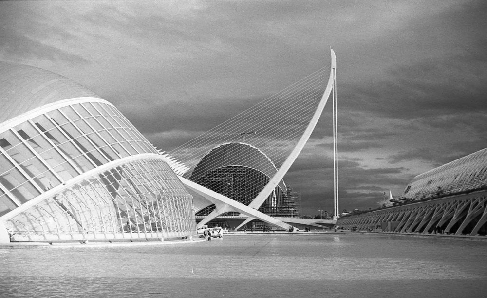 City of Arts and Sciences, Valencia, Nikon F3, Rollei Retro 400S