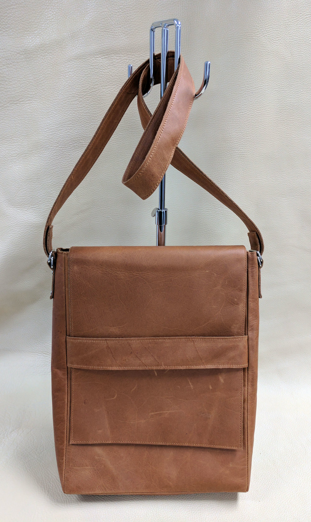 Pull Up Messenger Bag