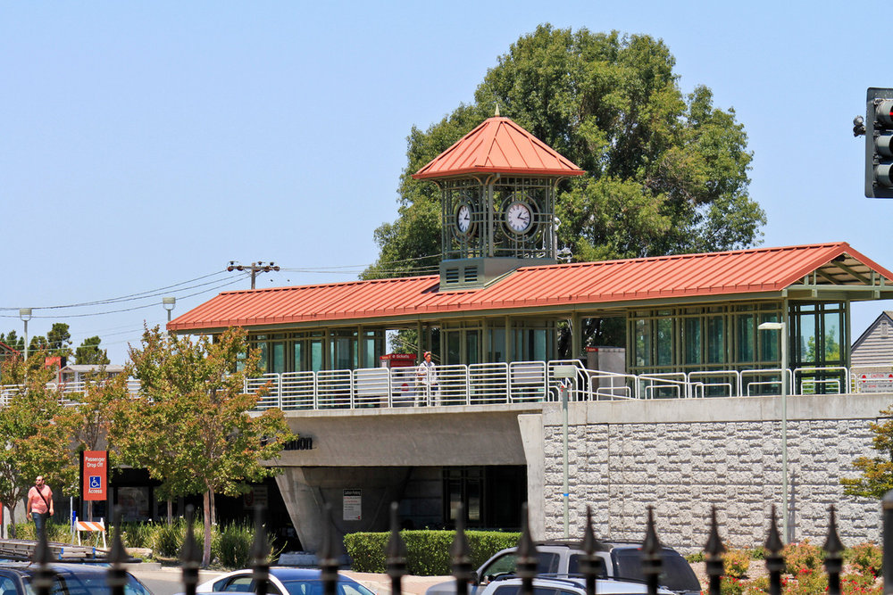 Belmont Station.jpg