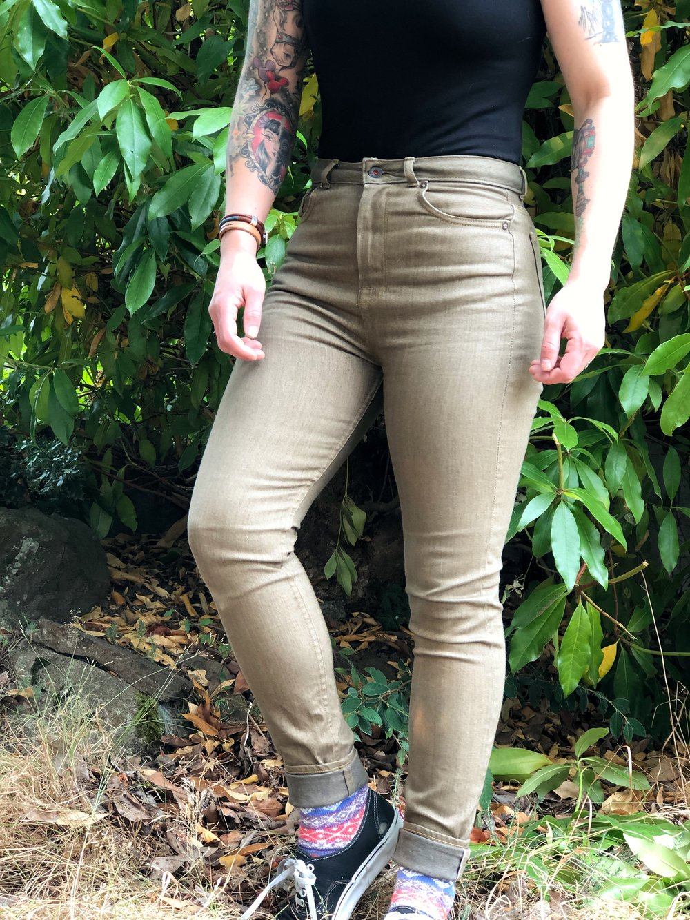 A good amount of stretch, and a narrow leg opening create a nice skinny jean.