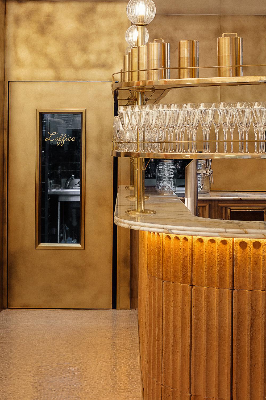 piste Bar marbre Calacatta Borghini Pierre Hermé & L'Occitane Omni Marbres