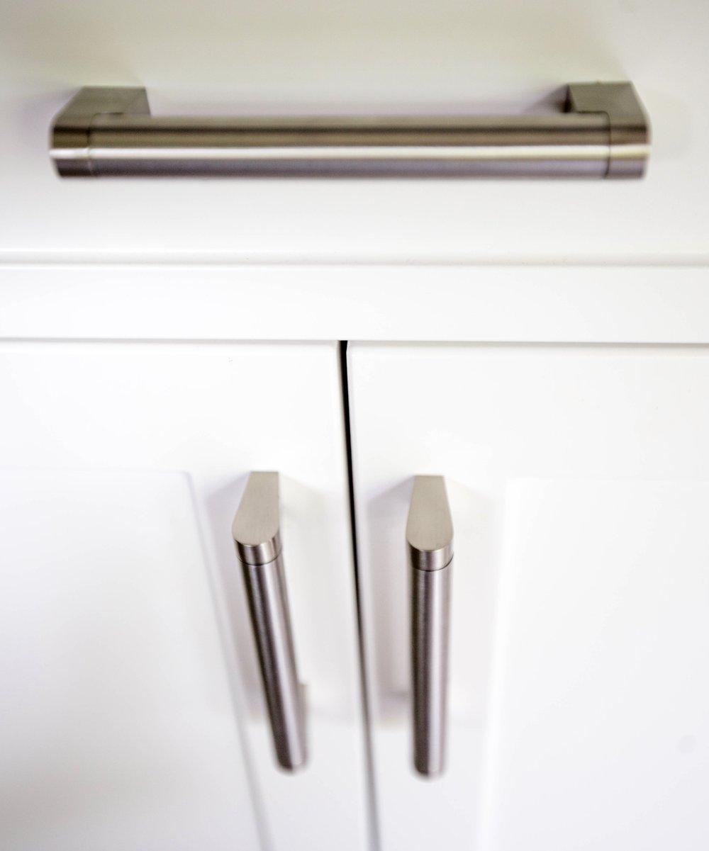 Kitchen Design-Kitchen Renovation-Cabinet Handles-Style Maven Decor Interior Design-Edmonton Canada