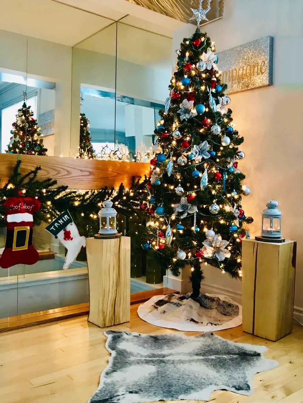 Christmas Decorating-Style Maven Decor-Edmonton Canada