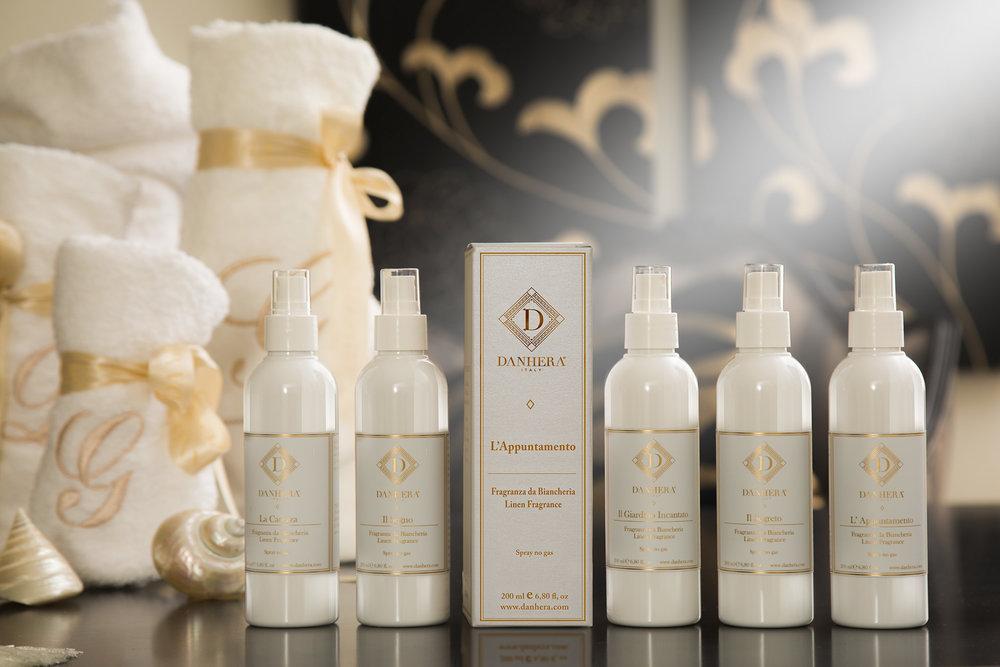 Fragrances de Linge - Des nuances olfactives inédites enveloppent votre intimité d'une envoûtante délicatesse.