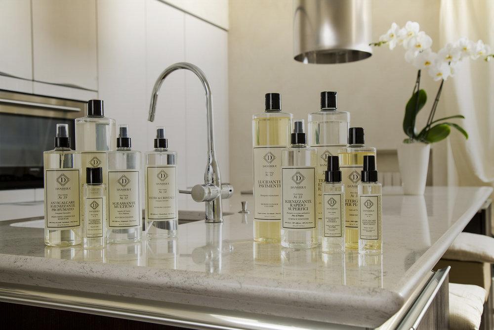 Home Purity - Une ligne de cosmétiques pour la maison.