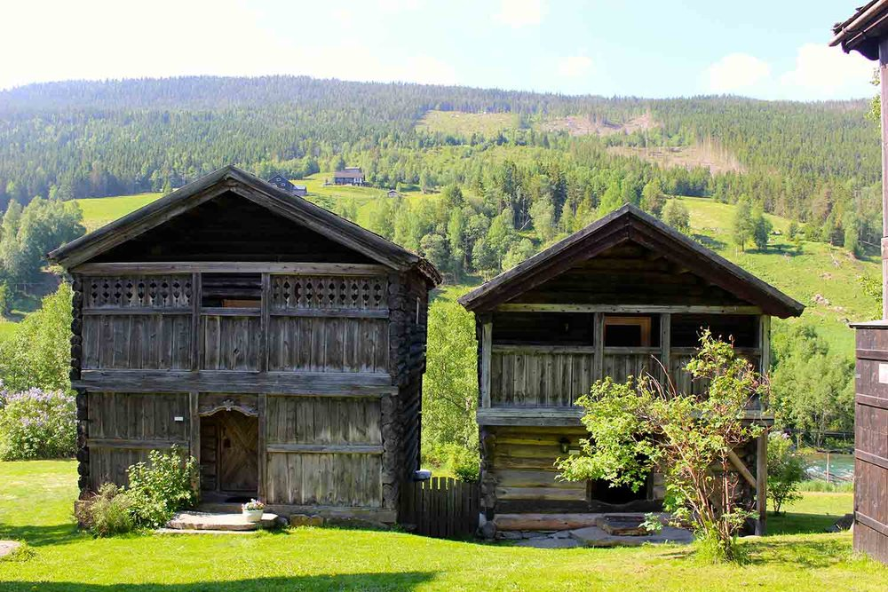 Luxury stabburs on the Valdeflya valley Norway
