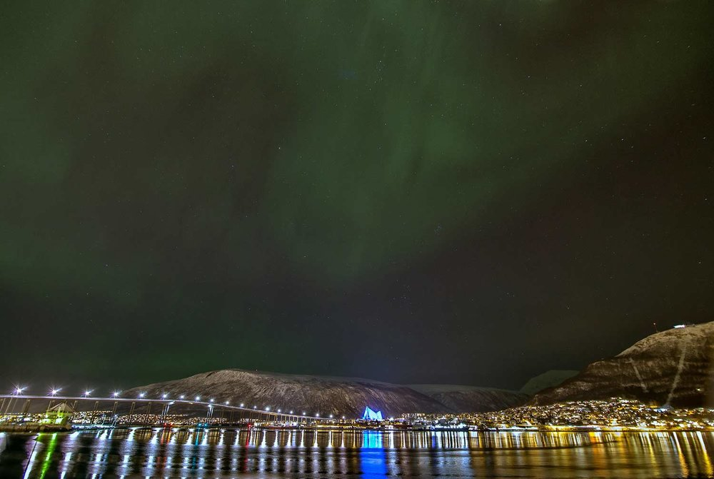 The-Arctic-Cathedral-and-Tromso-under-the-Northern-Lights.jpg