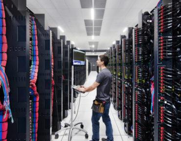 Inside-IBM-Cloud-Dallas-Credit_-Connie-Zhou-for-IBM-675x380-370x290.jpg