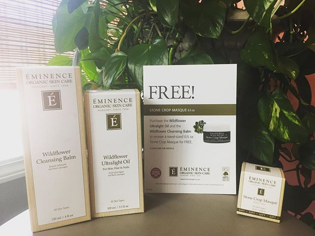 Get a FREE travel-sized Stone Crop masque when you purchase the Wildflower Ultralight Oil and the Wildflower Cleansing Balm, while supplies last! 🌾