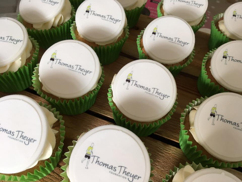 Brand Cupcakes for Charity Event