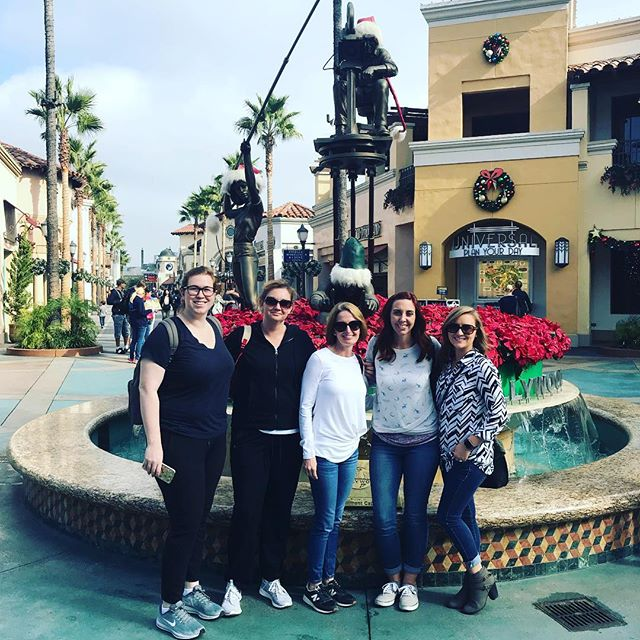 Universal Studios field trip with the best teacher friends! We'll be writing blog posts today about it in class. #ourfieldtripisbetterthanyourfieldtrip #teachersfollowteachers #middleschoolteacher