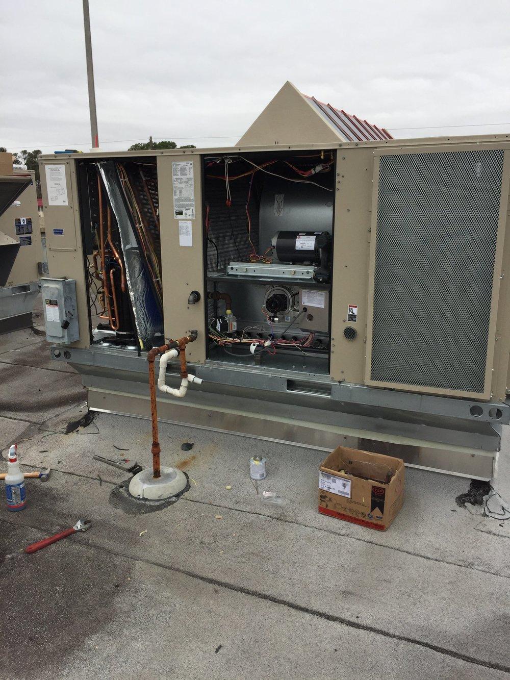 Rooftop Commercial HVAC Unit Jacksonville north carolina.jpg