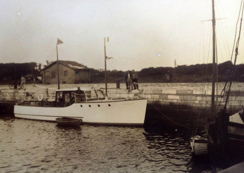 Aquabelle at Calais.jpg