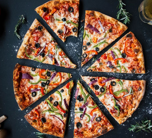 02 - YUMMY PIZZA