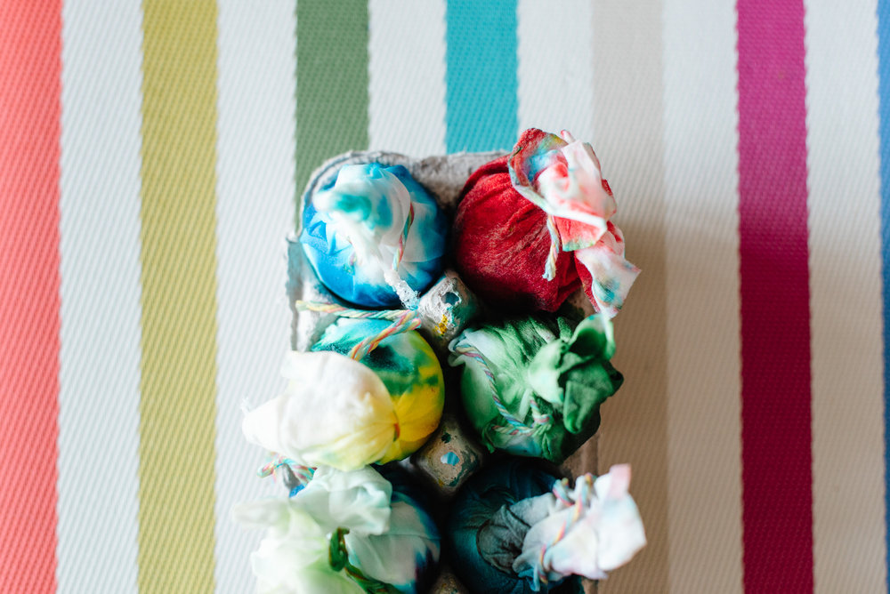 sara-wilde-collective-tie-dye-easter-eggs-food-colouring-20.jpg
