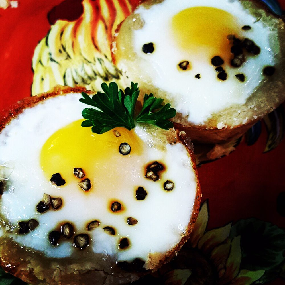 baked eggs in puff pastry.jpg