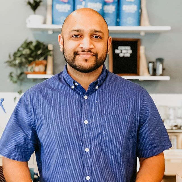 Hey everyone, we have a new face around here at Illuminate! This is Palak! He's a pretty fun dude, say hey when ya see him! Happy Thursday! . . . . atxcoffee #thirdwavecoffee #atxeats #atxlife #atx #austincoffee #austintx #atxfall #atxlove #wintermenu #americano