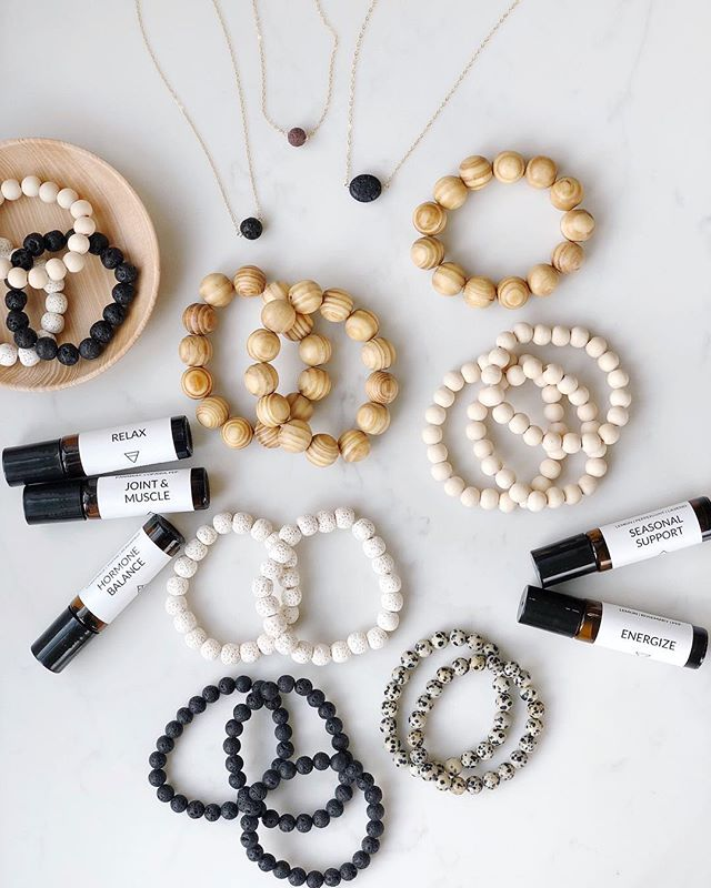 Come join me this Saturday, April 20th for a women's shopping event and cooking demo @jabzmesa from 1:30 to 3:30! ⠀⠀⠀⠀⠀⠀⠀⠀⠀ I will be there selling diffuser jewelry along with a variety of essential oil roller bottle blends! ✨ ⠀⠀⠀⠀⠀⠀⠀⠀⠀ There will also be handmade soaps from @well_fed_family_farm , @zyiaactive activewear, @jjandsonstea , Stella and Dot Jewelry, and a cooking demo from @jamilas_fridge ⠀⠀⠀⠀⠀⠀⠀⠀⠀ I hope to see some of you there! 💛